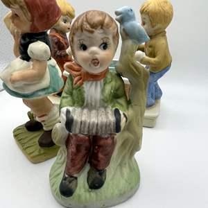Lot # 104 - Vintage Porcelain Figurines
