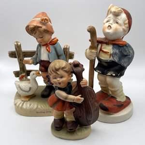 Lot # 109 - Porcelain Figurines