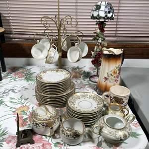 Lot # 162 - Nippon Dinnerware Set