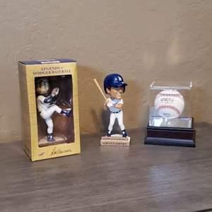 Lot # 3 - Los Angeles MLB Memorabilia