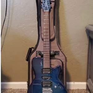 Lot # 5 - Electric/ Acoustic Godin Guitar