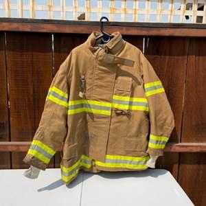 Lot # 25 - Novelty Fireman's Suit