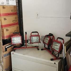 Lot # 38 - Portable Lighting