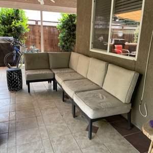 Lot # 53 - Patio lounge Set/Metal garden stool w/black finish