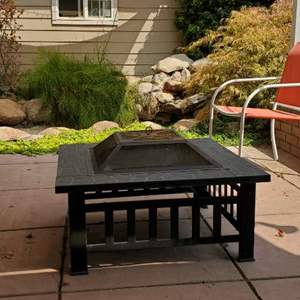 Lot # 57 - Metal Fire Pit w/Safety Screen