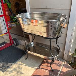 Lot # 78 - Stainless Steel Beverage Tub w/stand