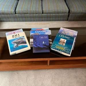 Lot # 10 - Coffee table books
