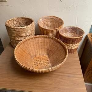Lot # 28 - Baskets