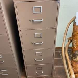 Lot # 114 - Four drawer locking filing cabinet