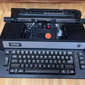 Lot # 117 - Brothers automatic typewriter