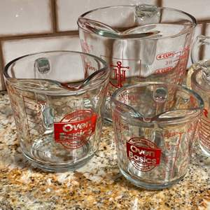 Lot # 23 - Glass measuring cups