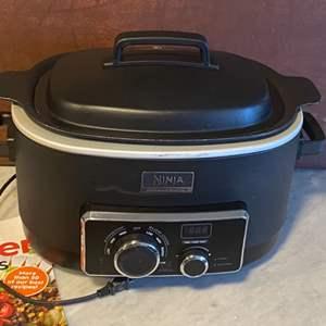 Lot # 58 - Ninja Slow cooker