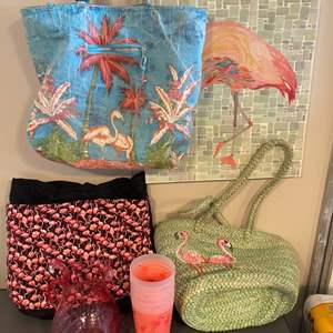 Lot # 70 - It's all about flamingos