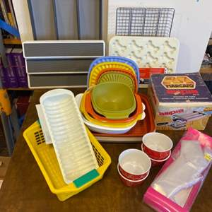 Lot # 153 - Kitchen storage, Tupperware, noodle maker machine and other goods
