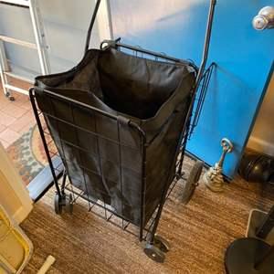 Lot # 158 - Folding cart
