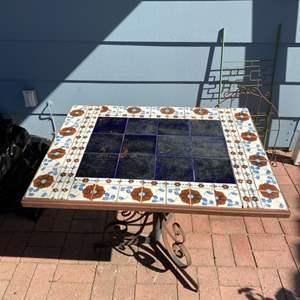Lot # 172 - Vintage Tile top table