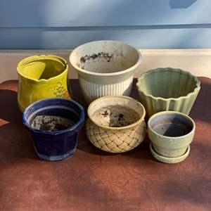 Lot # 173 - Pottery