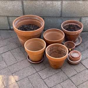 Lot # 174 - Various terra-cotta pots