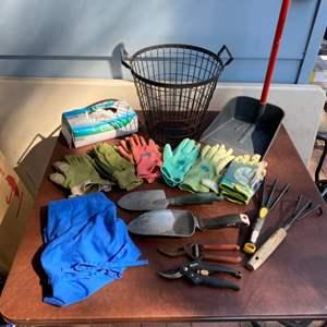 Lot # 178 - Gardening gloves, apron, basket and handtools