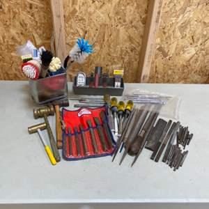Lot # 201 - Tools