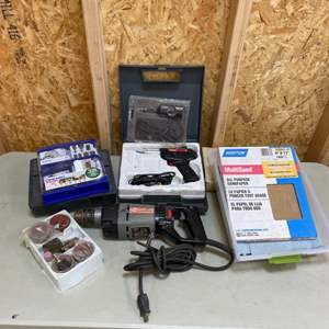 Lot # 205 - Tools and accessories