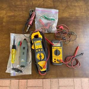 Lot # 212 - Electricians tools
