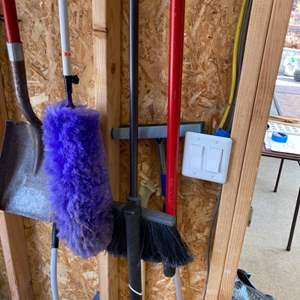Lot # 230 - Gardening tools with others