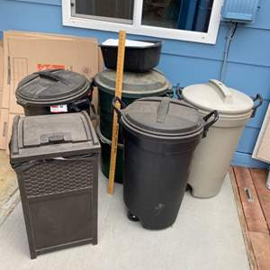 Lot # 237 - Locking Rubbermaid trash cans and bin