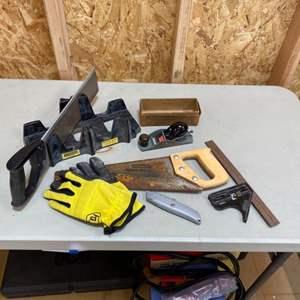 Lot # 240 - Collection of Stanley handtools with gloves