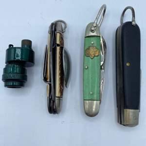 Lot # 252 - Camping knives