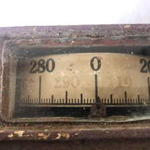 Lot # 2 - Rare Vintage Scale 300 lbs Home decor size