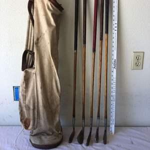 Lot # 30 - Antique golf club's & bag / Hickory shaft