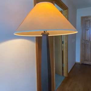 Lot # 73 - Pottery Barn Floor Lamp