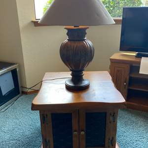 Lot # 75 - Solid Wood End Table with Lamp