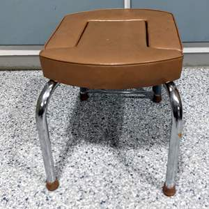 Lot # 72 - Vintage Head Stand Table