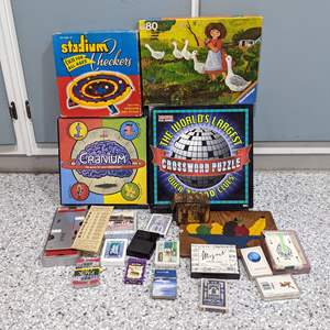 Lot # 122 - Games, Cards, Bridge and Puzzles