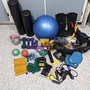 Lot # 124 - Exercise and Snorkel Equipment