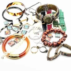 Lot # 110 - Rings, Bracelets, Watch Straps
