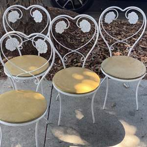 Lot # 22 - set a 4 iron ice cream parlor chairs