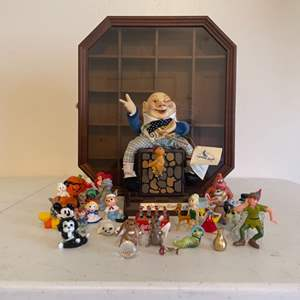 Lot # 17 - Humpty Dumpty and miniature storybook characters/Display Case