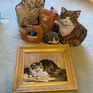 Lot # 18 - Weighted Cat Door Stops and decor