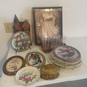 Lot # 20 - Collectors Plates/Shadow Box/Home Decor