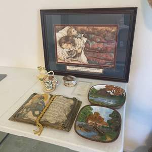 Lot # 23 - Pictures and Home Decor