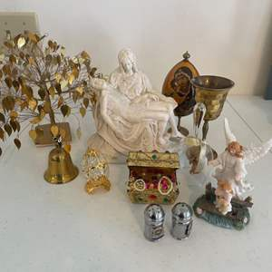 Lot # 40 - Ceramic Statues and Home Decor