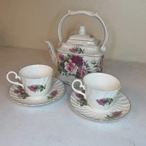 Lot # 67 - Vintage Regency Bone China Tea Set