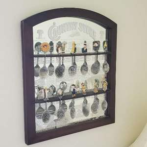 Lot # 74 - Franklin Mint Counrty Store Spoon Collection With Display Frame