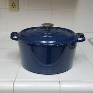 Lot # 77 - Vintage Stoneware Dutch Oven (Made in France)