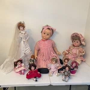 Lot # 88 - Vintage Dolls