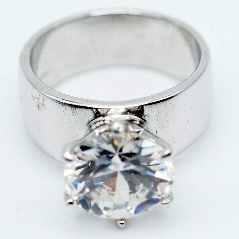 Lot # 237 - Large Moissanite Solitaire on 925 Silver Band (main image)