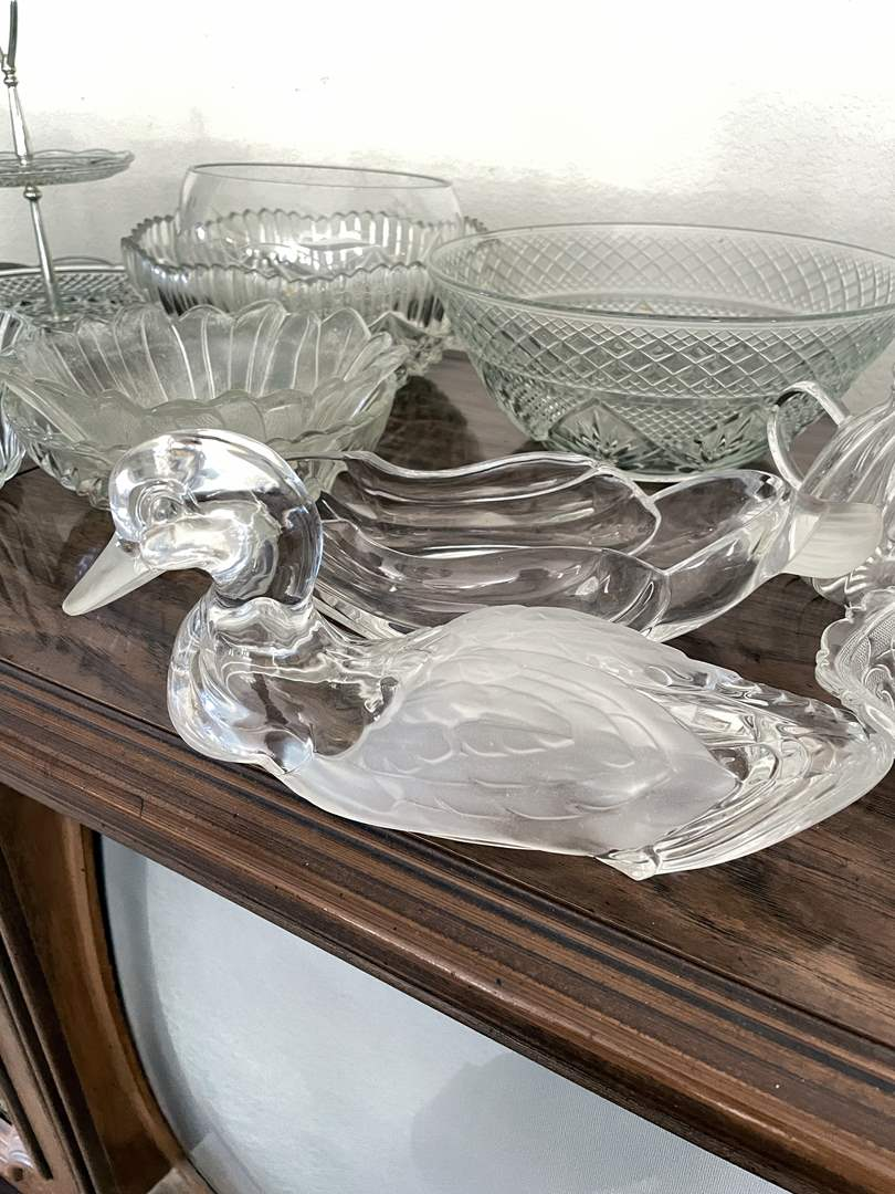 Lot # 18 - Clear Glass Collection including Lidded Duck Candy Dish (main image)